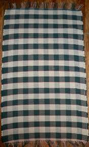 handwoven traditional rag rug gingham pattern green cream w red