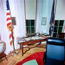 jfk oval office. President Kennedy At His Oval Office Desk Signing The Proclamation On \u201cInterdiction Of Delivery Offensive Weapons To C\u2026 | Pinteres\u2026 Jfk