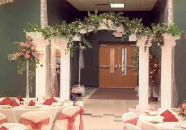 Decorating For A Wedding Wedding Arch Decorating Tips