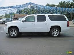 Car Picker - white chevrolet Suburban