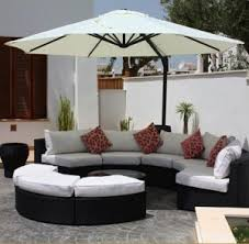 How to Protect Your Outdoor Furniture During All Seasons