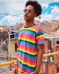 Lucas Lima, conhecido como Lucas AK, se torna um dos destaques mais jovens  do humor baiano a atingir a marca de 1 milhão de seguidores. - siteego
