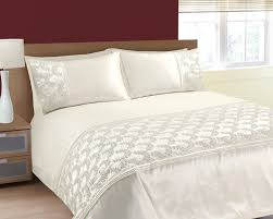 single size luxurious sparkling sequins and embroidered cream duvet bedding set