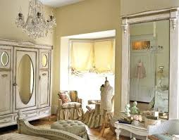 antique bedroom decor. Antique Bedroom Decorating Mesmerizing Vintage Bedrooms Decor Ideas Old Fashioned Country