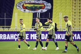 Fenerbahçe must make a decision