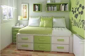 Appealing How To Maximize Space In A Small Bedroom Pictures - Best .