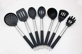 kitchen utensils. 7 Piece Set Of Silicone Stainless Steel Kitchen Utensils- Black Utensils