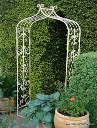 Small Picture Fresh Design Metal Garden Arch Simple Decoration Metal Garden Arch