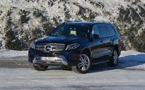 The kerb weight of gls is 2460 kg. 2017 Mercedes Benz Gls The S Class Of Suvs The Car Guide