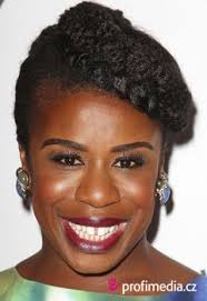 Emmys Orange Is The New Blacks Uzo Aduba Makes A Plea To Voters