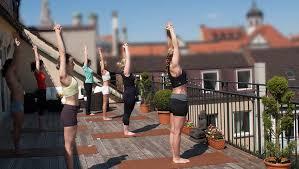 bikram hot yoga münchen im tal