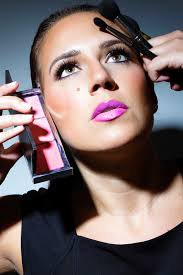 erin began her career as a makeup artist with mac cosmetics in ottawa in 2001 during the past eleven years erin has mastered the skills as a makeup artist