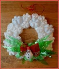 Christmas Decorations Made Out Of Plastic Bottles soda bottle wreath wreaths Pinterest Amazing house designs 14