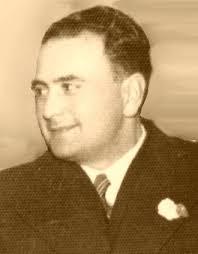 *1901 - Carlos Reyes Gajardo nació en Angol, en 1901 se desempeñaba como párroco, contribuyendo a mantener viva la fe cristiana, profundizando, ... - gajardo