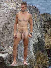 Gay naked outdoors exhibitionists
