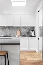 Best 25+ Modern kitchen renovation ideas on Pinterest   Modern ...