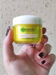 Garnier Light Moisturizer Review Garnier Light Complete Serum Cream And Moisturizing Lotion