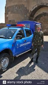 Jandarma am Eingang zum 100928 37660 Ani, Türkei Stockfotografie - Alamy