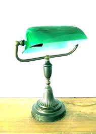 vintage bankers lamp green bankers lamp traditional bankers desk lamp vintage student desk lamps traditional bankers