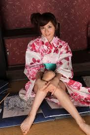 Asian Barefoot Beauties
