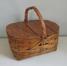 woven basket with lid. Antique Woven Baskets With Lid | Vintage Picnic Basket Hinged Wooden