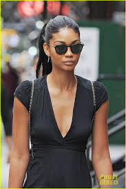 chanel iman her hairstylist switch roles photo photo chanel iman her hairstylist switch roles photo 989999 photo gallery just jared jr