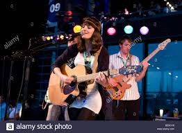 Ellen Smith, singer and front woman of the British pop band Ellen and Stock  Photo - Alamy