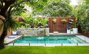 Chic Landscaping Design For Backyard