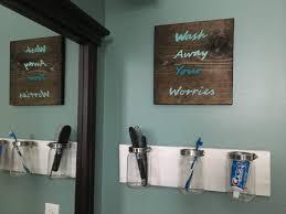 image of rustic bathroom wall decor plan