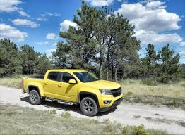 2015 Chevrolet Colorado Is An All-new Not-so-Midsize Pickup ...