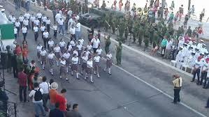 Image result for Desfile del 16 de septiembre en mazatlan