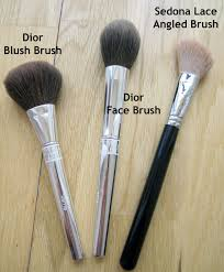 best contour brush. angled brush - to apply the contour it\u0027s best use an brush. this will make it easier get into hollows of your cheeks and give all-round s