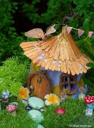 fairy gardens images. Modren Fairy Stump Fairy Garden Via The Magic Onions Use An Old Stump For A Rustic And  Natural Looking Fairy Garden Make It Extra Sweet With Little Bunting  Throughout Gardens Images