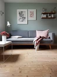 Couch Tray Table Der Weie Tray Table Von Hay Passt Ideal Zu Danielas Sofa Im