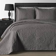 extra large king size quilts amazon com comfy bedding extra lightweight and oversized thermal