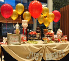 Decorations:Birthday Party Table With Golden Table Clothes And Many Ballons  In Colorful Tone Party