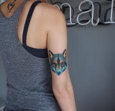 35 великолепных идей тату для девушек в стиле акварель Fashion