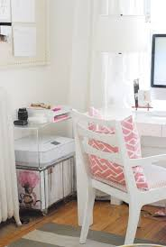 pink home office design idea. 9 POPS OF PINK TO TRY Office Design 10 MODERN HOME OFFICE DESIGN IDEAS 3429ca72dbe5f5a28c8fda13408755ea Pink Home Idea R