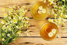 8 benefits of chamomile tea