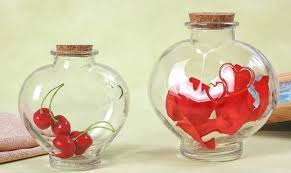 heart shape glass jar with cork for candy