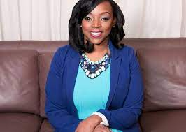 Getting To Know Juanita Washington; BreakThru Magazine's Editor In Chief -  Talker of the Town