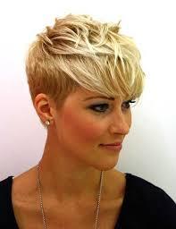 20 Latest Short Blonde Hairstyles Vlasy Krátké účesy Krátké
