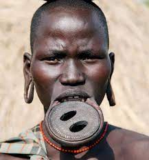 mursi tribe and lip plates as her