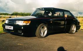 SAAB 900 - Review and photos