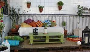 Tavoli Da Giardino In Pallet : Decorazioni per il giardino fai da te foto donnaclick