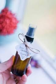 diy non toxic hair detangler spray with essential oils