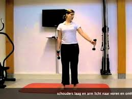 achterkant schouder oefening