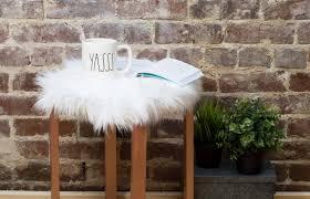 8 31 diy faux fur stool