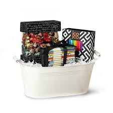 the deluxe gift basket with seattle chocolate and jcoco bars and seattle chocolate truffles