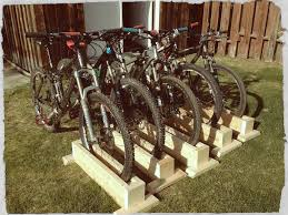 picture of s wood bike stand self supporting